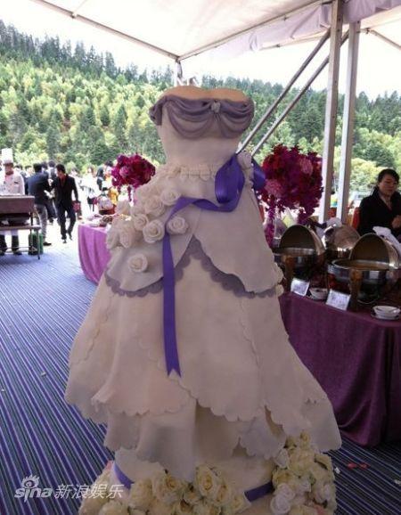 婚纱状巨型蛋糕曝光