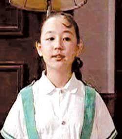关凌在《我爱我家中》饰演贾圆圆