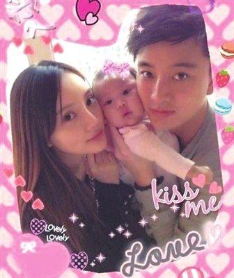 李小璐夫妻与女儿