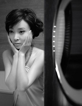 图文:刘威葳杂志写真-精致妆容