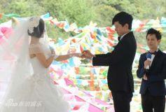 张杰谢娜婚礼宣誓感动落泪当众热吻秀甜蜜(图)
