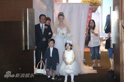 新娘与花童