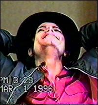 迈克尔-杰克逊1993年娈童案案情全揭秘(图)(2)