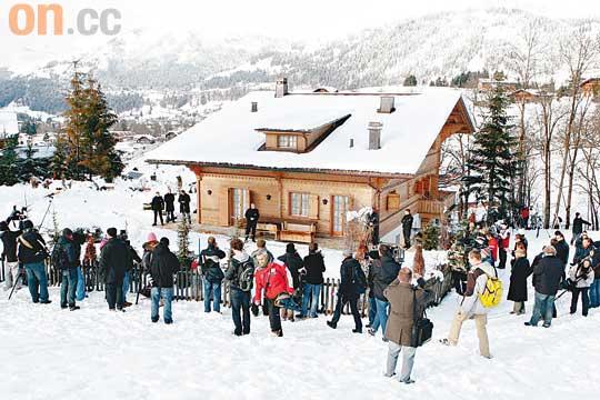 波兰斯基入度假屋软禁妻儿盼团聚过圣诞(图)