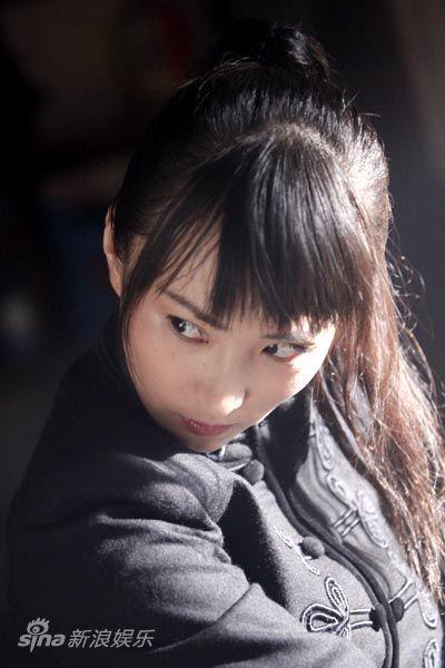 主角-林静饰铃木琴美