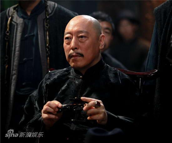 资料图片:《说书人》主角-倪大红饰演佟一堂
