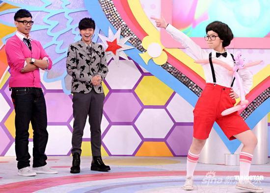 组图:罗志祥上节目遇山寨版过招尽显舞王本色
