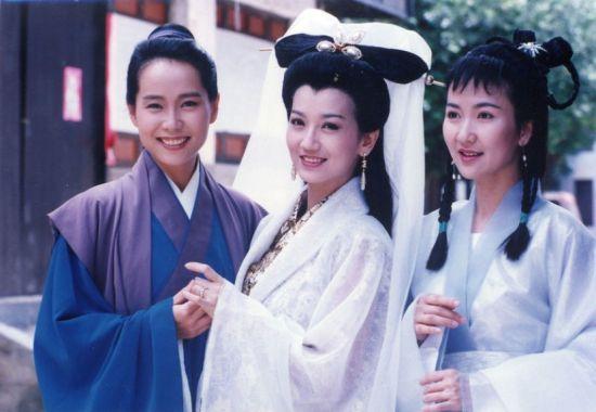 叶童、赵雅芝、陈美琪当年主演的《新白娘子传奇》成为一代经典