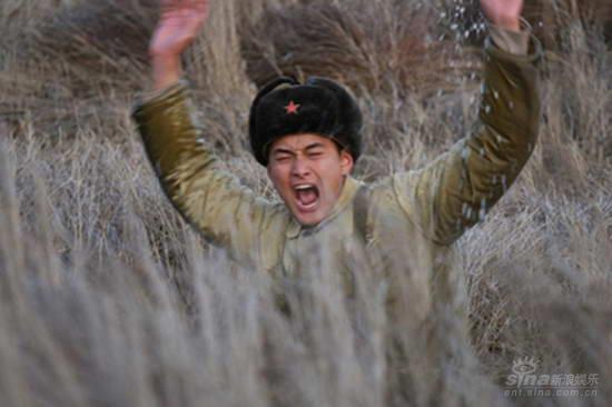 王雨深陷沼泽全不顾《北大荒》上演惊险一幕