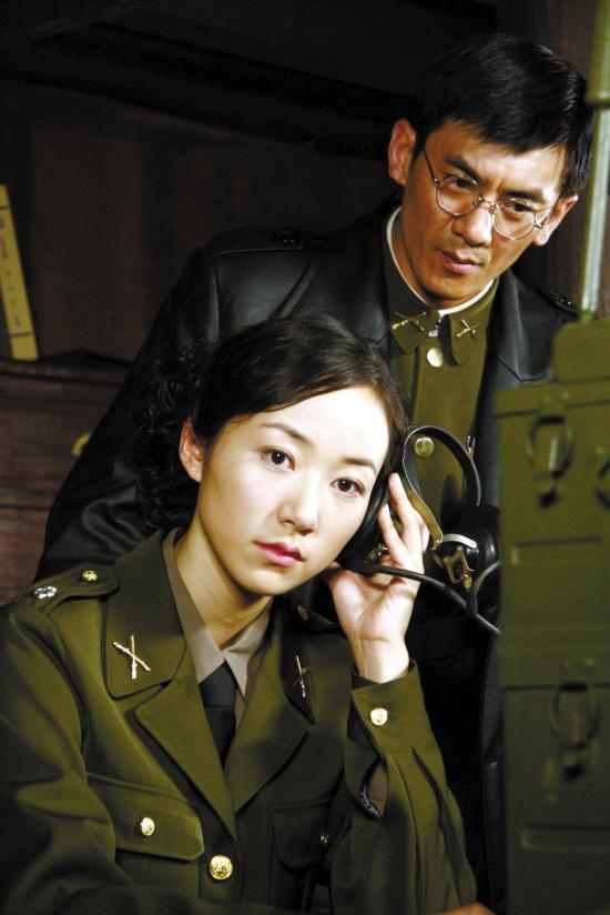 《利剑》央视开播韩雪买红妹大打出手(图)