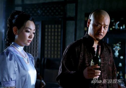 """《兄弟英雄》热拍郝泽嘉""""勾引""""导演连奕名"""