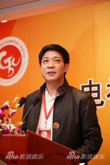 中国电视剧导演工作委员会副会长兼秘书长阎建钢(资料图片)