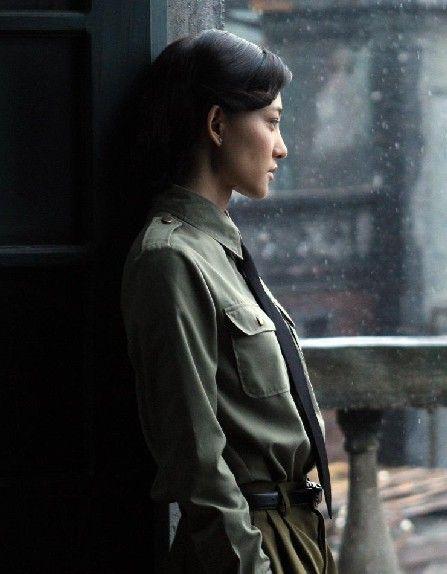 >正文新浪娱乐讯由王丽坤,于和伟联袂主演的2011最佳谍战剧电视剧离岛特警国语在线观看图片