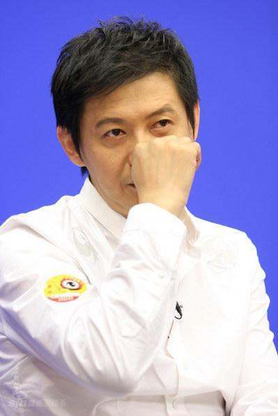 图文:《东方朔》主创聊天--程前白衬衫显成熟魅力