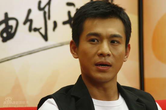 图文:《浣花》主演做客--主演乔振宇