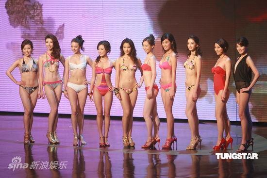 图文:2009香港小姐总决赛--10佳丽合影