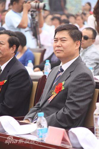 图文:水浒战船--泰安市委书记杨鲁豫