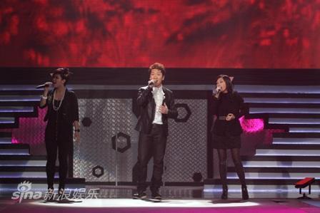 图文:深圳卫视跨年晚会--巨声帮