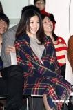 组图:陈怡蓉出席新剧首映裙装大玩尺度游戏