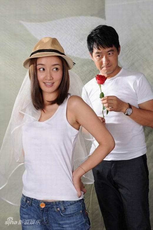图文:《一日夫妻》婚纱照--玫瑰定情