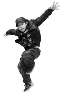 侯高俊杰父亲:发现我们飘飘然,请用冰块砸