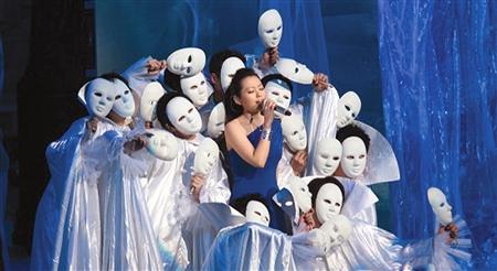 周杰伦网上称王李宇春人气最旺张靓颖歌声最靓