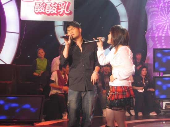 """风云新人""""挑战明星""""创东南卫视收视率新高"""