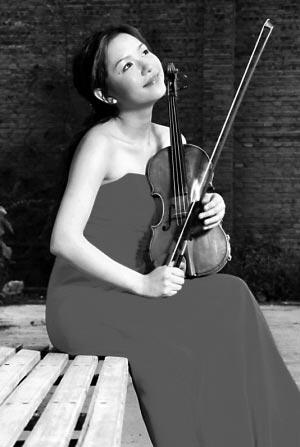 3岁起随小叔叔学习小提琴