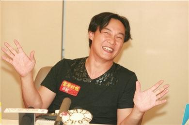 陈奕迅新专辑北京签售:放开不等于放弃(图)