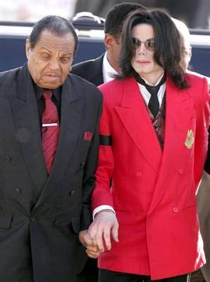 杰克逊被曝02年已留遗嘱孩子母亲受益独缺父亲