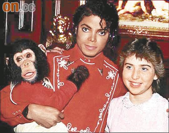 杰克逊有望葬梦幻庄园幼子以为父亲去旅行