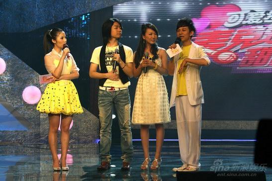 郝莹俞安琪:歌唱不是我的工作而是生命(图)