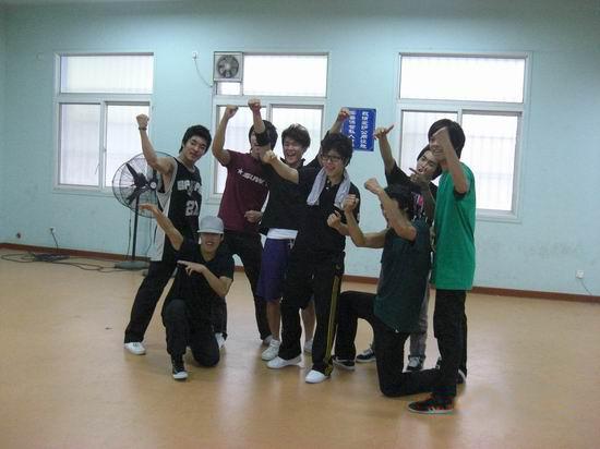《精舞门2》Bboy舞团GamblerCrew助阵快女
