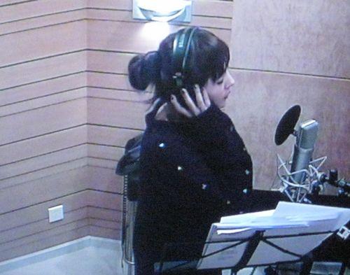 杨幂首支单曲将发布谦称《琉璃月》不够完美