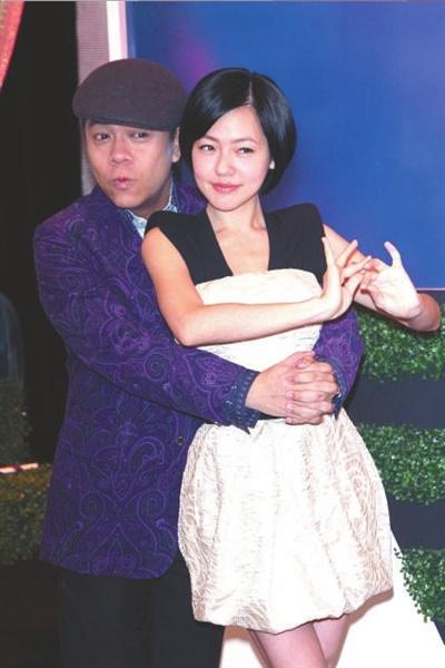 """小S将勇敢秀嗓""""康熙盛典""""周六开演"""
