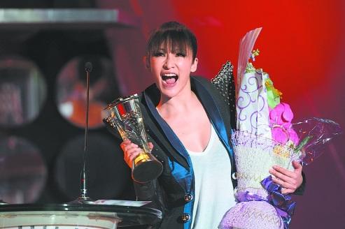 全球华语榜中榜暨亚洲影响力大典在蓉盛大举行