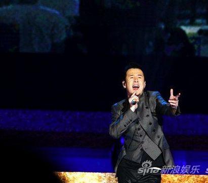 杨坤打造《叶问2》主题曲观影礼首唱《信仰》