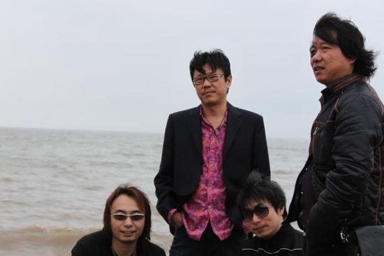 资料:草莓音乐节艺人-子曰秋野