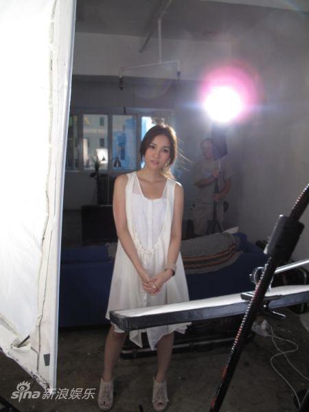 谢安琪拍《你们的幸福》MV