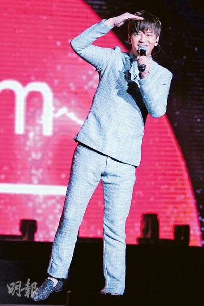 陈晓东演唱会_演唱会原定下一站在马来西亚举行,但由于发生马航空难,陈晓东坦言