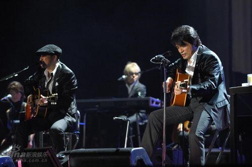 图文:恰克与飞鸟上海演唱会--重返上海
