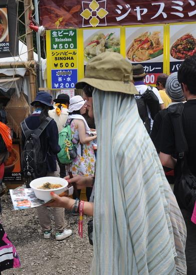 图文:富士音乐节第三天--木乃伊觅食