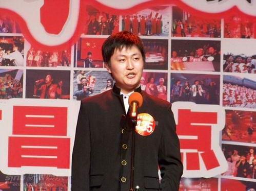 图文:09红歌会南昌赛区--帅气的红歌手