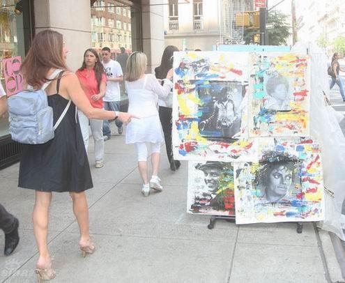 组图:美国艺术家纽约街头办杰克逊艺术展览