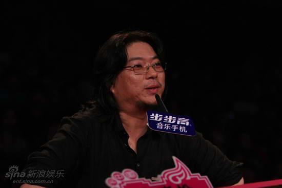 图文:快女全国首场总决赛-高晓松点评