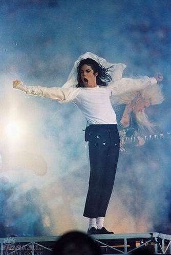 图文:杰克逊演出回顾--杰克逊与天神下凡