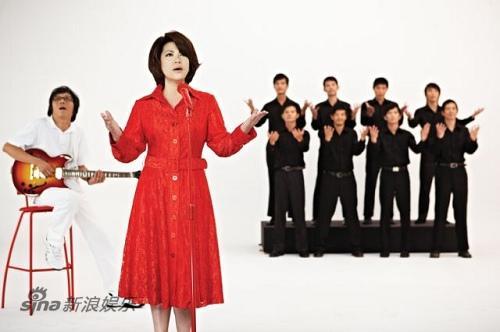 图文:金嗓天后蔡琴倾唱新曲-排演新歌