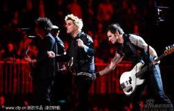 组图:2009MTV欧洲音乐大奖绿日乐队激情演出