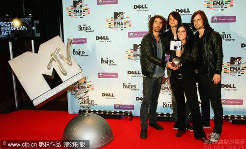图文:MTV欧洲奖后台-德国摇滚乐队Silbermond