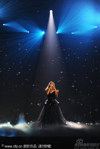 图文:丽安娜-刘易斯秀天籁歌声-直抵心灵
